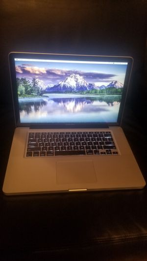 15 inch Macbook Pro 2.66GHZ MC026LL/A Laptop A1286 Apple 320GB Hard Drive 4GB RAM School work photography Computer Bluetooth wifi & magsafe charger for Sale in Minneapolis, MN