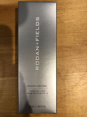 Rodan+Fields Golden Perfecting SPF liquid (shipping available) for Sale in Modesto, CA
