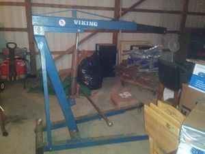Viking 3 ton Cherry picker and BlackHawk 1250 lbs engine stand. for Sale in Marengo, OH