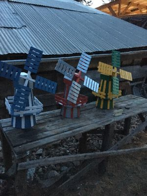 Windmill yard ornament for Sale in Prineville, OR