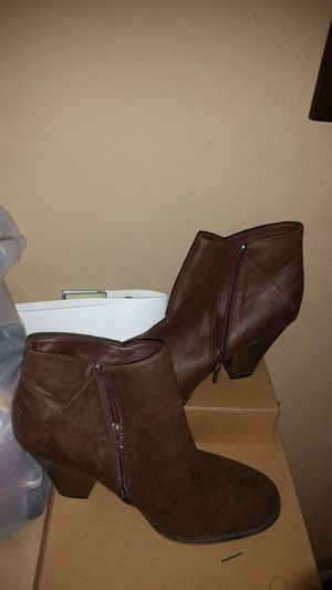 Women boots new size 10 for Sale in Lincoln Acres, CA