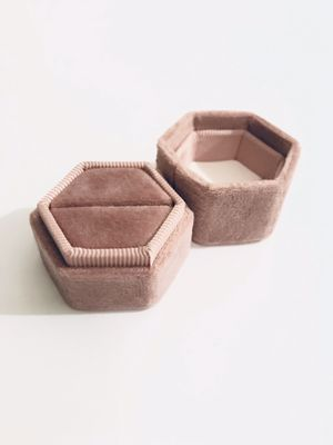 Dusty Pink / Mauve Hexagon Velvet Ring Box (Wedding) - Single Box Only for Sale in Redondo Beach, CA