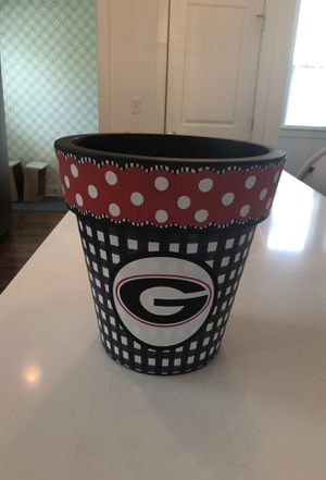 Georgia flower pot for Sale in Nashville, TN