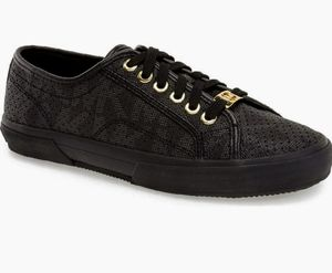 Michael Kors boerum sneaker for Sale in Burien, WA