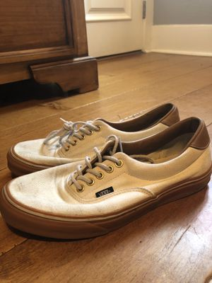 WHITE VANS W BROWN GUM SOLE for Sale in Whittier, CA