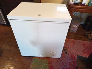 Chest freezer, Kenmore, 5.1 cu. ft. for Sale in El Cajon, CA