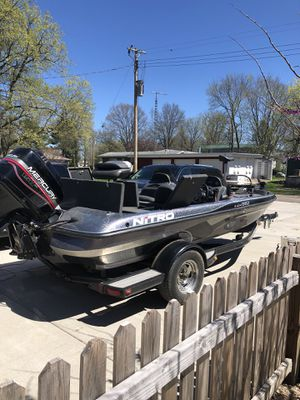 1999 Nitro bass boat for Sale in Ashland, IL