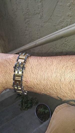 Stainless steel bracelet( gold&silver) for Sale in El Cajon, CA