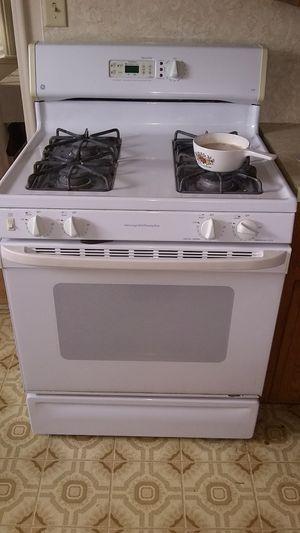 GE stove for Sale in El Monte, CA