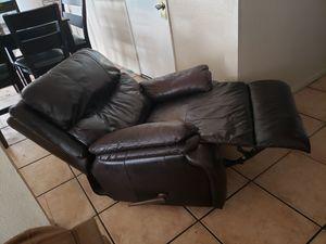 Reclainer $30 for Sale in Rialto, CA