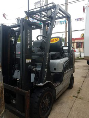 2013 Nissan Forklift for Sale in Chicago Heights, IL