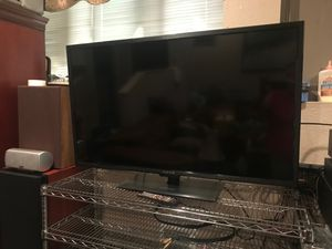 Sceptre 50 Inch Smart TV for Sale in Buckley, WA