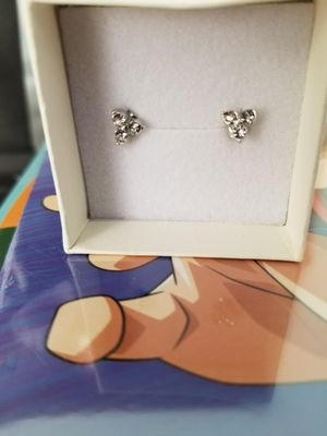 1 pair of new earnings for Sale in Duquesne, PA