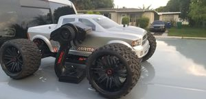 Rc truck ready to run with battery for Sale in Oakland Park, FL