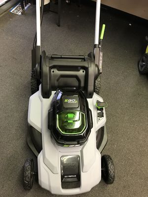 Ego self propelled lawn mower with 7.5 ah battery and charger for Sale in Atlanta, GA