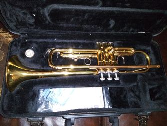Yamaha trumpet with case for Sale in San Angelo,  TX