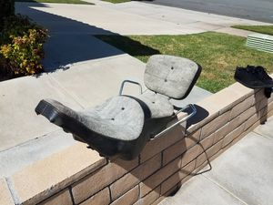 1970's Harley Davidson Oem Factory King And Queen Seat With Back Rest for Sale in Rancho Cucamonga, CA