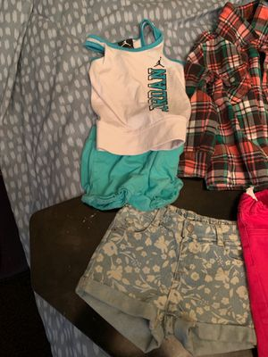 Kids clothes all 12 to 18 months for Sale in Everett, WA