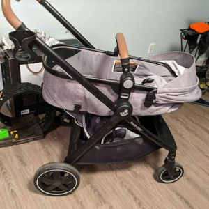 Amazing Maxi cosi zelia max 3-1 baby stroller for Sale in Needham, MA