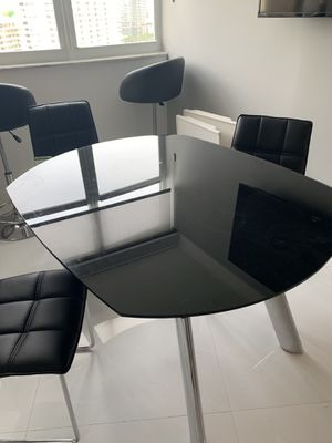 Dining room table and 4 chairs. Sits 6 people comfortably for Sale in HALNDLE BCH, FL
