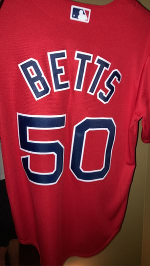 Mookie Betts Redsox Jersey Men's Size Small for Sale in Moreno Valley, CA