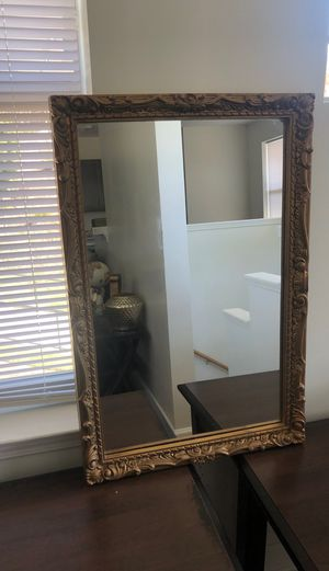 Antique mirror for Sale in Atlanta, GA