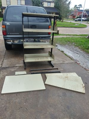 """Metal Shelving 60""""tall, 36""""long & 25""""wide for Sale in Channelview, TX"""