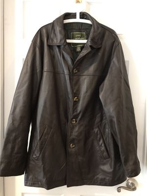 Men's leather coat Eddie Bauer size XL for Sale in Sachse, TX