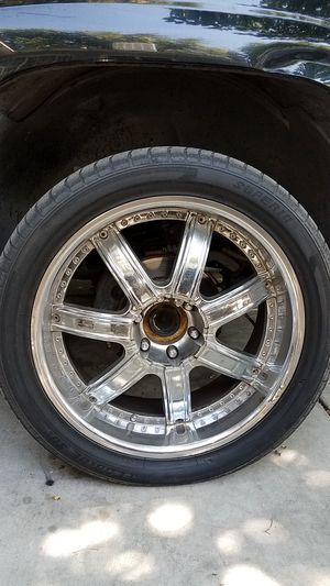 22-inch rims trade for stocks GM or Chevy six lug for Sale in Fresno, CA