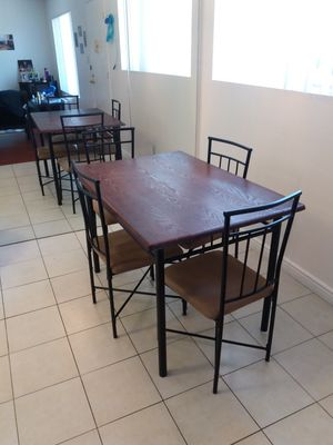 5-piece kitchen table set for Sale in Spring Valley, CA