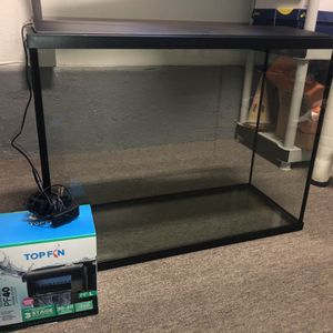 37 Gallon Tank With Filter And Lights for Sale in Newport Beach, CA