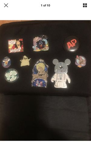 HUGE LOT - Annual Passholder Disney Pins Collection - With Extras - EXCELLENT for Sale in Romoland, CA