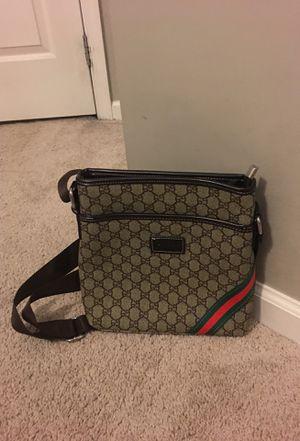 Gucci messenger bag for men's for Sale in Bethesda, MD