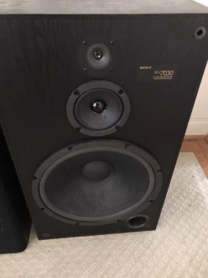 Nice Sony Speakers great sound Model SS-U 7030 for Sale in Sterling, VA