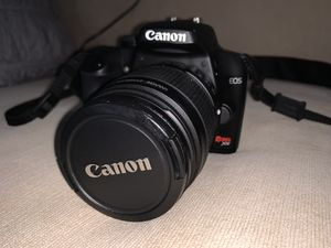 Canon EOS Rebel XS SLR Digital Camera (Black) with 18-55mm IS Lens Kit for Sale in Glenside, PA