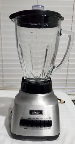 Oster Classic Series Consistent 10-Speed Blender - Die Cast - Glass Jar. 6 Cups for Sale in Woodburn,  OR