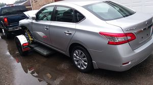 sale of engine, spare parts and body for Nissan Sentra SV 2011 to 2016. Just 29.300 miles for Sale in Chicago, IL