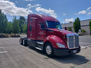 2014 Kenworth T680 and Trailer with Thermo King unit for Sale in Portland, OR