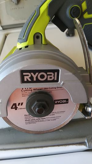 """RYOBY 4""""HAND HELD TILE SAW for Sale in Bloomington, CA"""