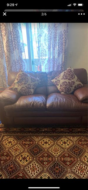 Living room furniture asking for $550 it's real leathers for Sale in Union City, CA