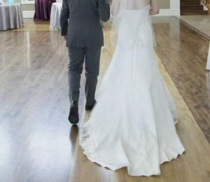 Wedding dress size 4 for Sale in West Valley City, UT