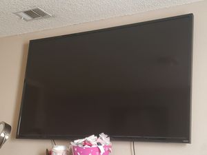 70 vizio everything works just bought a new one for Sale in Lake Elsinore, CA