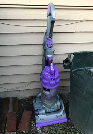Dyson vacuum. for Sale in Kent, WA
