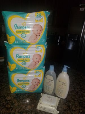 Pampers and Aveeno baby bundle for Sale in Mansfield, TX