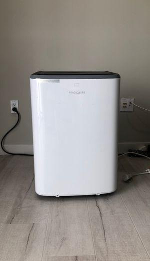 Frigidaire Portable Air Conditioner for Sale in Los Angeles, CA