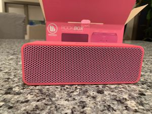 Urban Beatz Rock Box Bluetooth Speaker for Sale in Detroit, MI