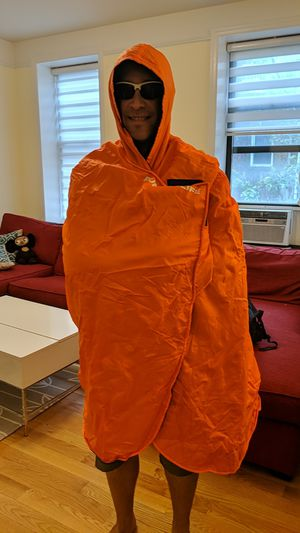 NYC Marathon Finisher Poncho for Sale in New York, NY