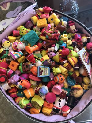 100 pieces shopkins plus basket for Sale in Annandale, VA