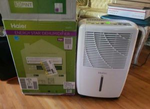 Haier 30 Pint 2 Speed Home Energy Star Portable Electronic Dehumidifier HEN30ET barely used selling for only $90 for Sale in Long Beach, CA