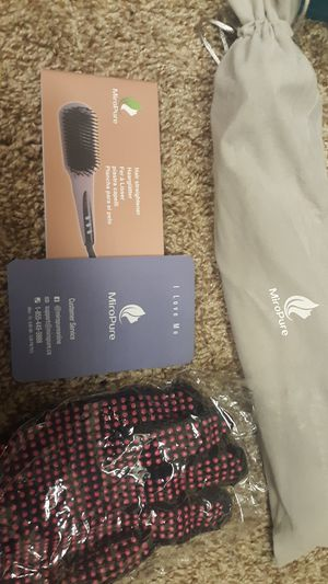New Miro Pure hair straightener for Sale in Moreno Valley, CA